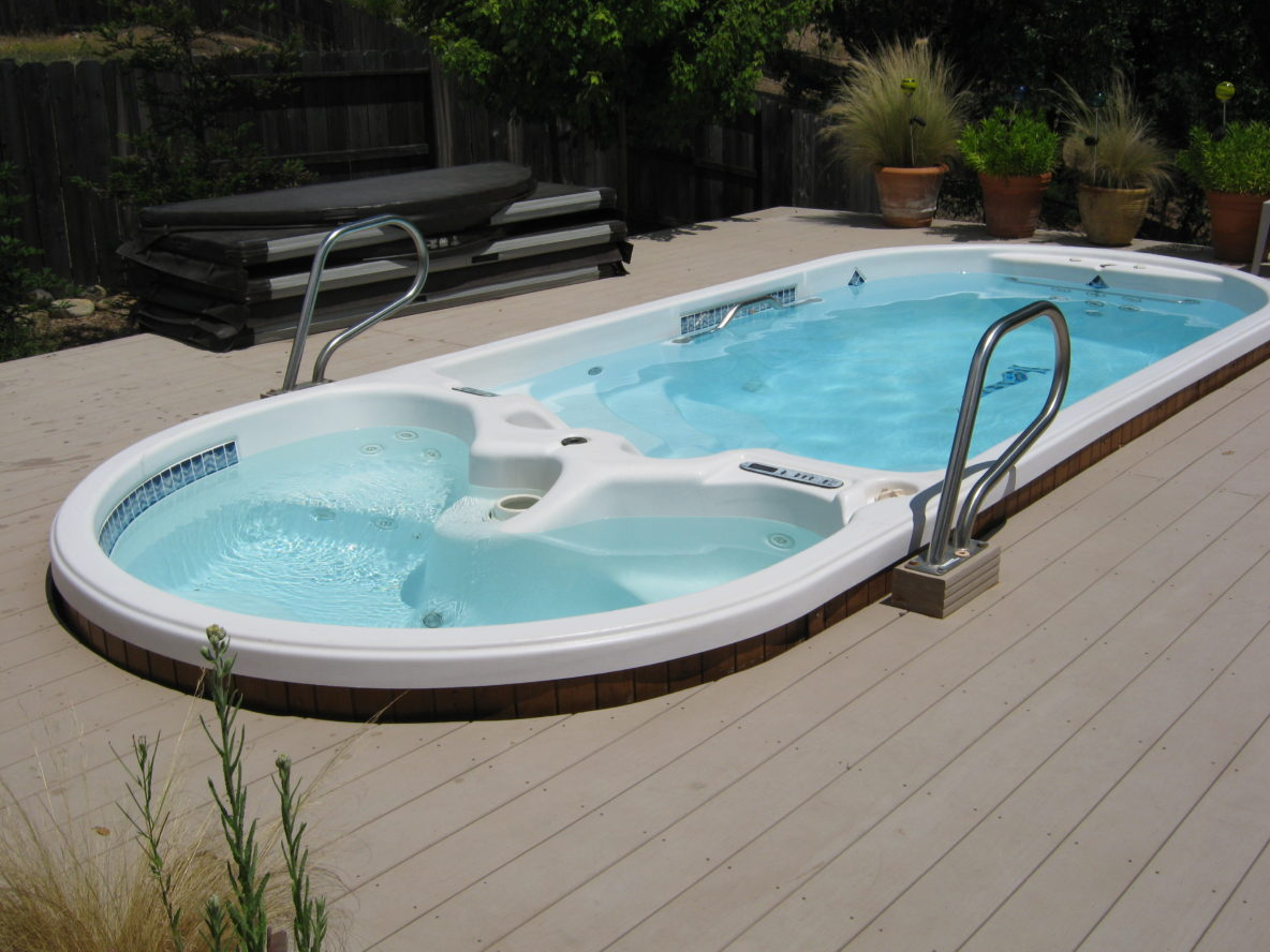 Swim spas endless pools palo cedro pool spa inc for Swimming spa